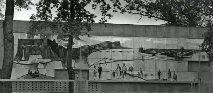 Photograph of Aurél Bernáth's panel painting made for the rear facade of the Hungarian Pavilion at the 1958 World's Fair in Brussels. Hungarian Museum of Architecture. Photo: Gábor Barka