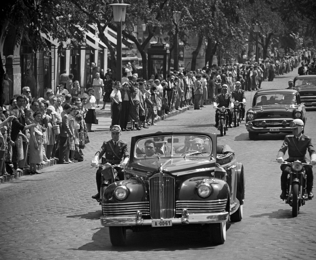 Ghanaian president Kwame Nkrumah in Budapest, 28 July 1961. MTI Photo: Gábor Pálfai. © MTVA.